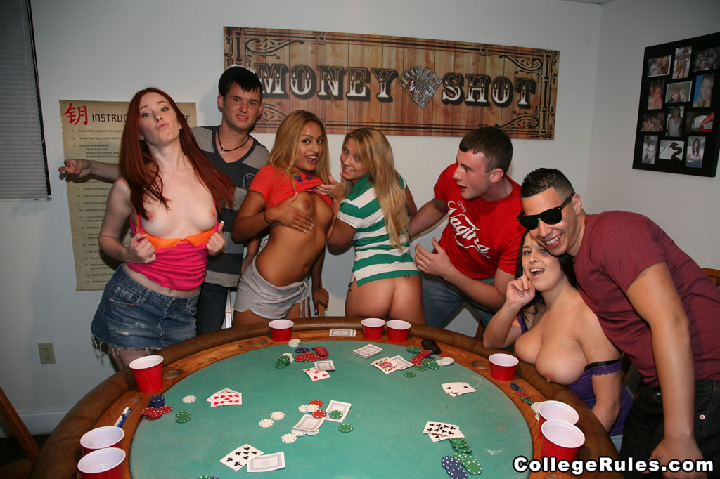 Wife poker pics — photo 9